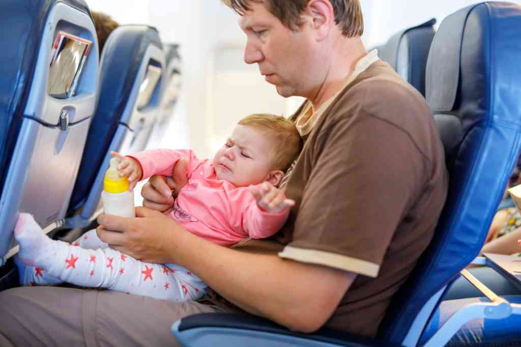 baby with earache on plane
