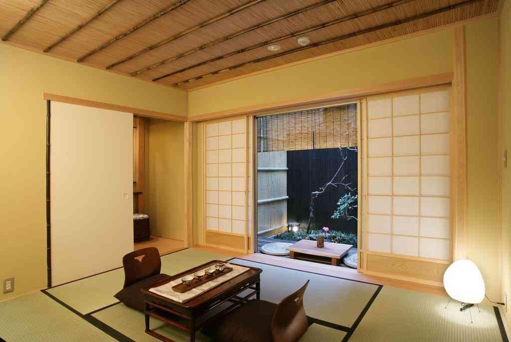 Japanese-styled kid friendly room at the Kyomachiya Ryokan Sakura Honganji