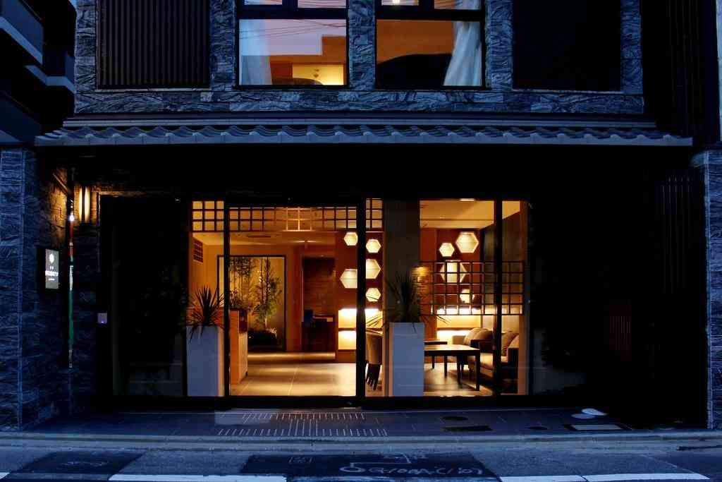 Outside section of the kid friendly hotel Kyoto Shimmachi Rokkaku Hotel Grandereverie