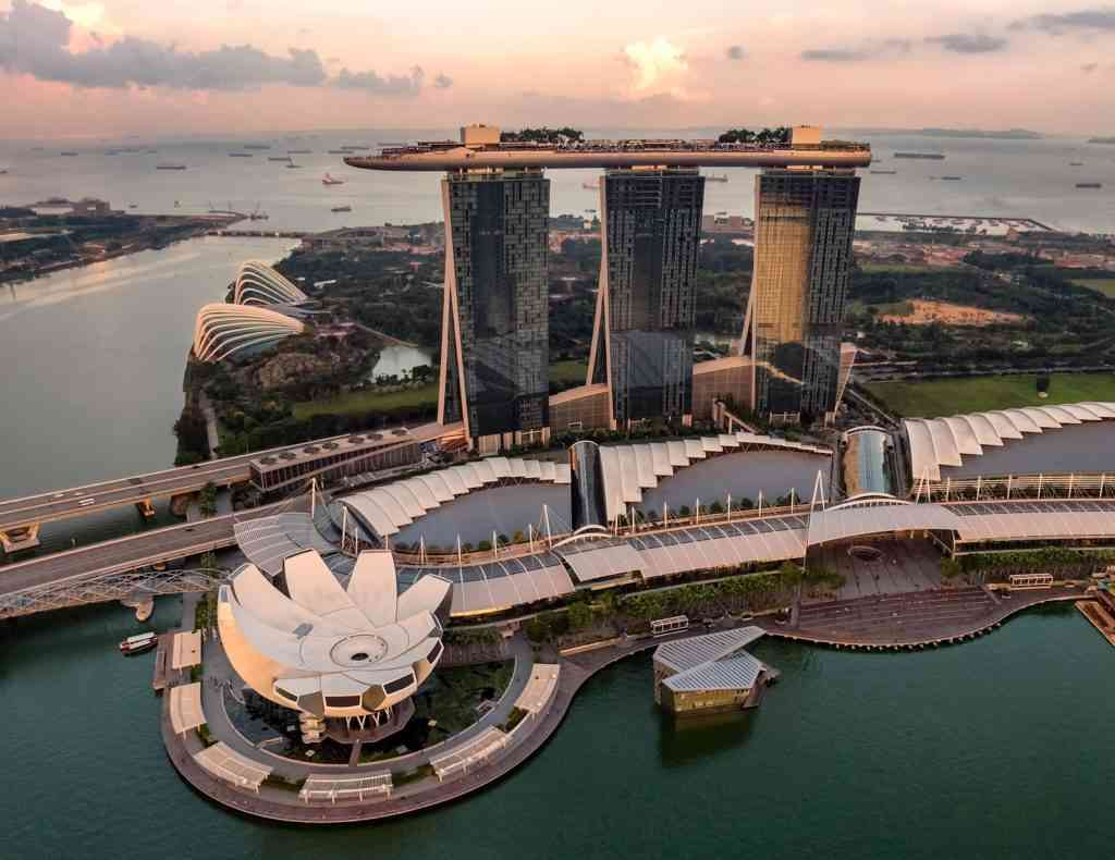 A birds' eye view of the famous Marina Bay Sands Hotel.