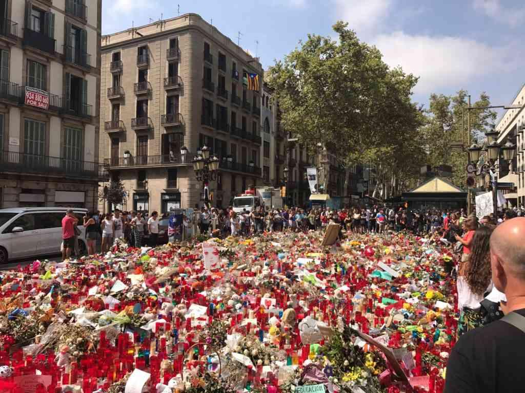 Incredible memorial on Las Ramblas right after the terrorist attacks in 2017