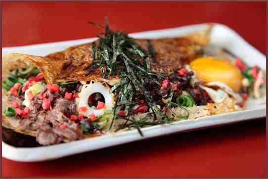 Issen Yoshoku's incredible okonomiyaki