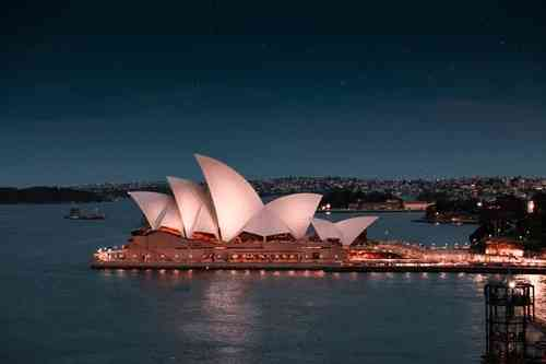 Visit the Opera House with kids in Sydney