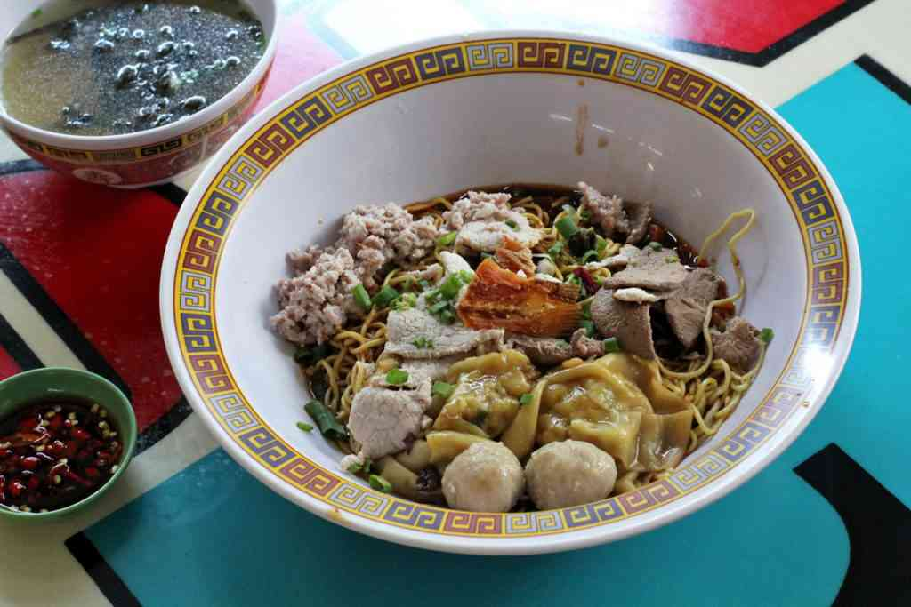 Kid friendly meal Bak Chor Mee in Singapore