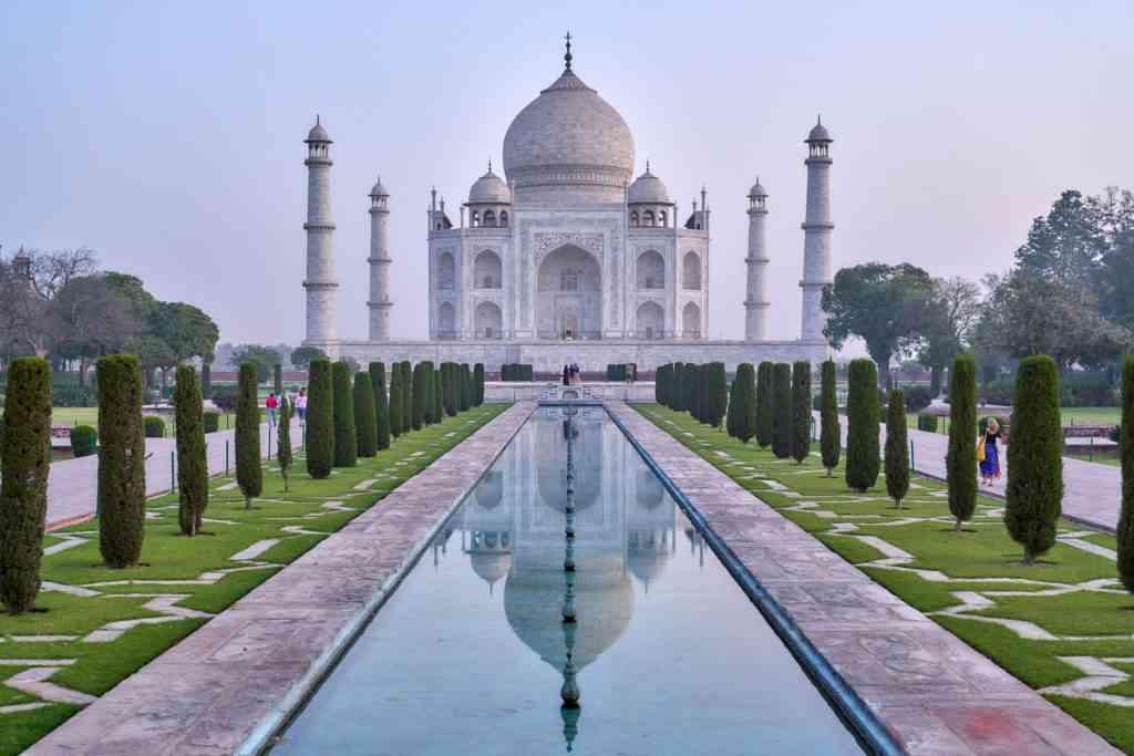 Places to visit with kids - Taj Mahal