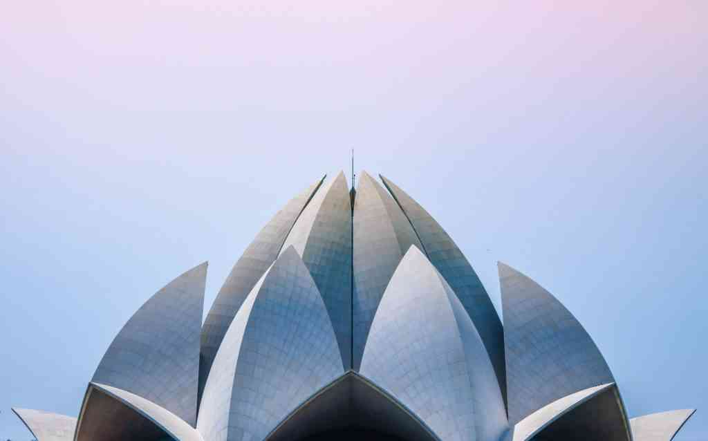 Best things to do in Delhi with kids- Lotus Temple