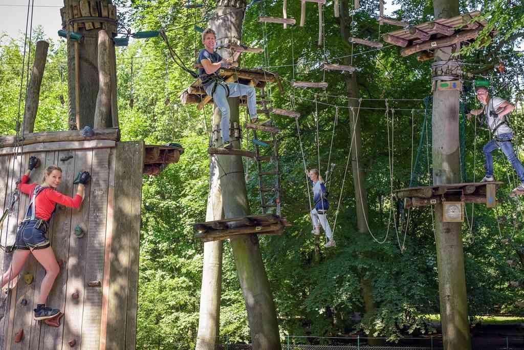 Waldhochseilgarten Jungfernheide is the ultimate day of fun in berlin with kids